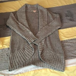 Long shrug cardigan